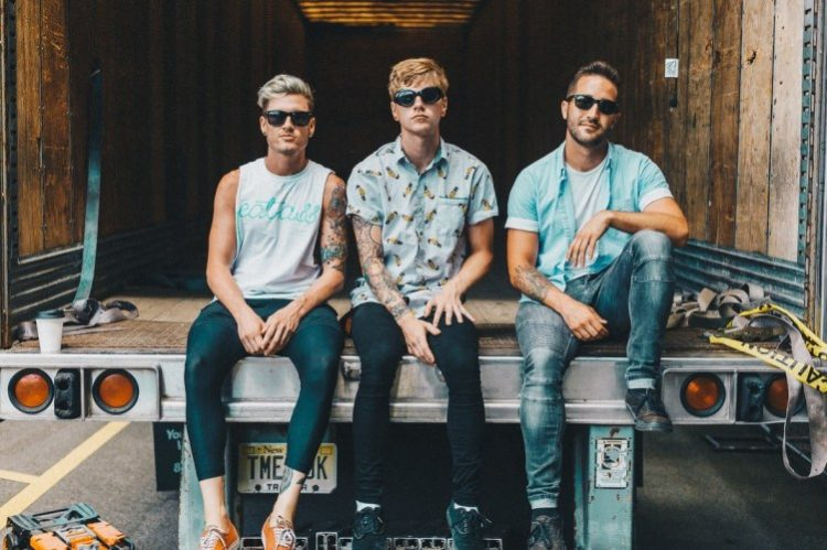 INTERVIEW: Makeout reflects on their debut album and their headlining run!