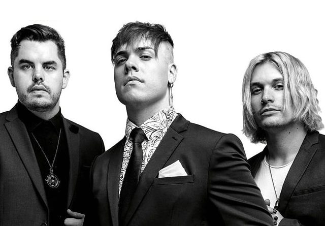 """INTERVIEW: Set It Off on """"Midnight"""", their return to the road and the music to come!"""